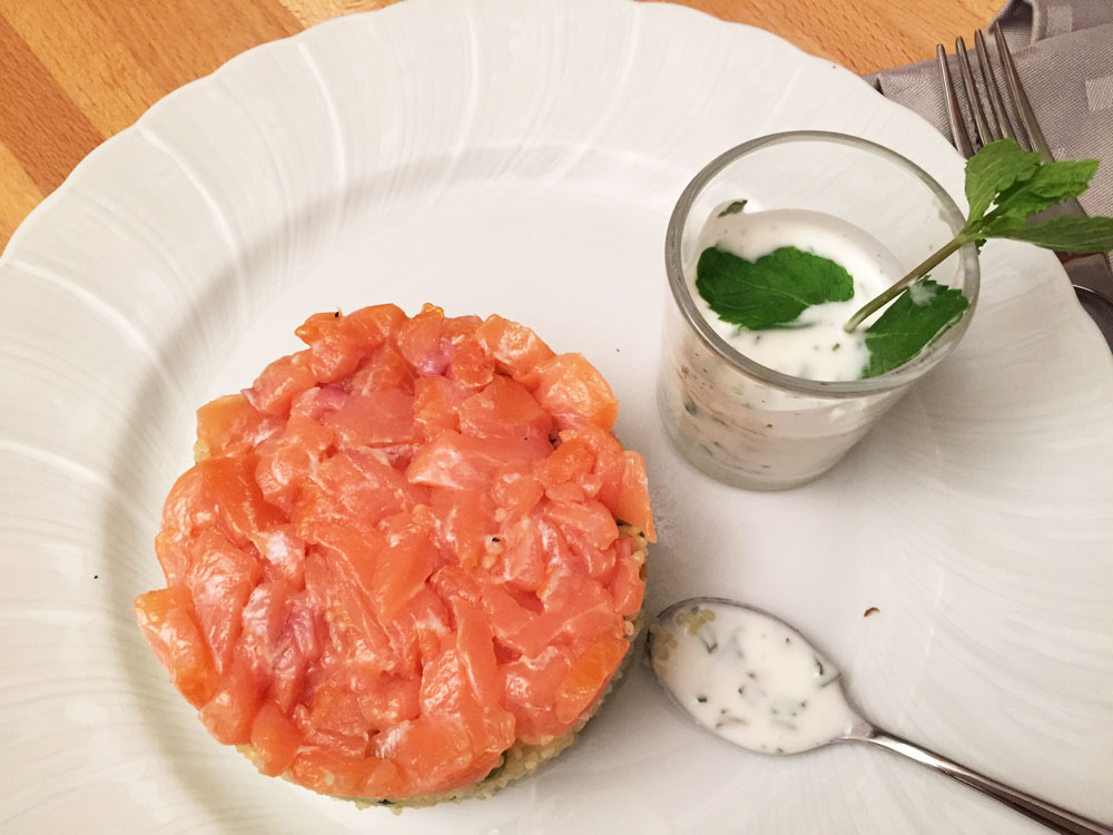 Couscous con tartare di salmone
