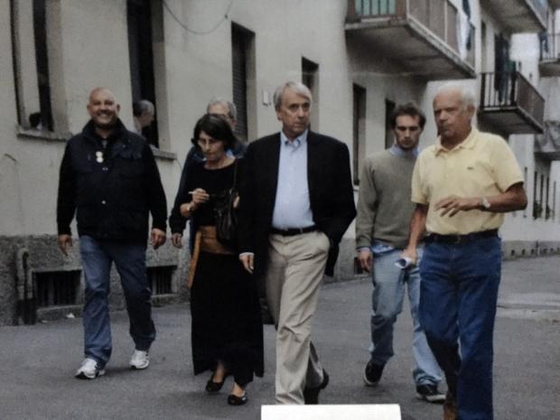 Da sinistra Paolo Limonta, Ulla e PIsapia al Giambellino