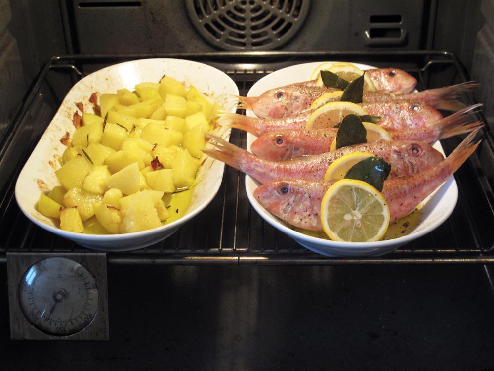 Triglie con alloro e limone